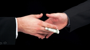 money-handshake1